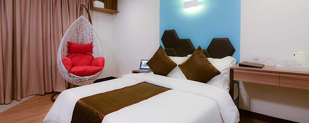 URBAN-DELUXE-WINDOW-RoomKuching-Malaysia_1